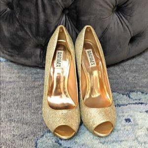 Badgley Mischka gold open toed pumps